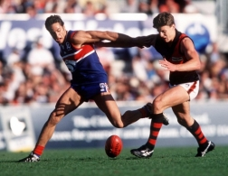 AFL 1998 Rd 6 - Western Bulldogs v Essendon