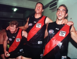 AFL 2000 Ansett Cup Match - Essendon v Western Bulldogs