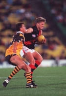 AFL 2000 Ansett Cup Match - Hawthorn v Essendon