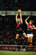 AFL 2000 Rd 10 - Essendon v Adelaide