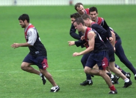 AFL 2001 Media - Melbourne Training 160801