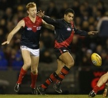 AFL 2002 Rd 13 - Essendon v Melbourne