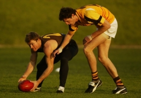 AFL 2003 Media - Hawthorn Training 260603
