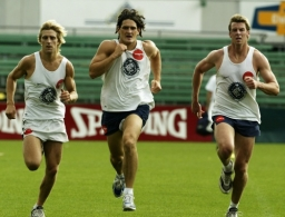 AFL 2003 Media - Carlton Training 101203