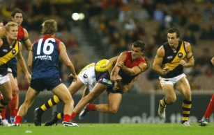 AFL 2004 Rd 2 - Melbourne v Richmond