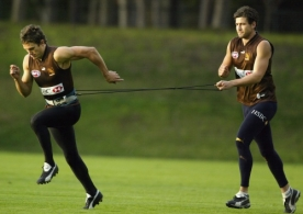AFL 2004 Media - Hawthorn Training 200504
