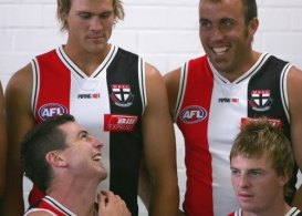 AFL 2006 Media - St Kilda Team Photo Shoot 191205