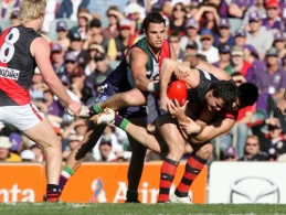 AFL Round 19 - Fremantle v Essendon