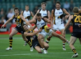 AFL 2010 NAB Cup Rd 01 - Hawthorn v Richmond