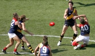 AFL 2010 Rd 04 - Richmond v Melbourne