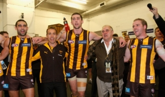 AFL 2010 Rd 13 - Hawthorn v Essendon