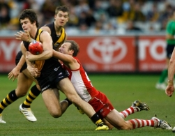 AFL 2010 Rd 14 - Richmond v Sydney