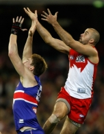 AFL 2010 1st Semi Final - Western Bulldogs v Sydney
