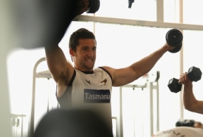 AFL 2011 Media - Hawthorn Weights 220311