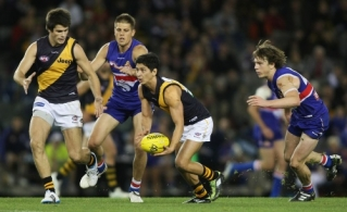 AFL 2011 Rd 08 - Western Bulldogs v Richmond