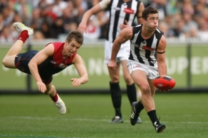 AFL 2011 Rd 12 - Melbourne v Collingwood