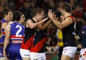 AFL 2011 Rd 21 - Western Bulldogs v Essendon