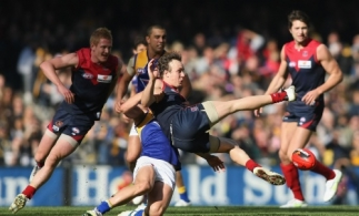 AFL 2011 Rd 21 - Melbourne v West Coast