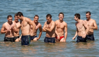 AFL 2011 Training - Australia Recovery Session