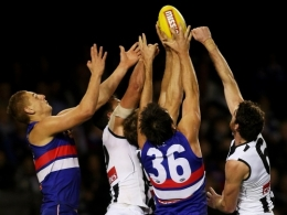AFL 2012 Rd 06 - Western Bulldogs v Collingwood