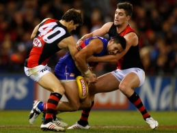 AFL 2013 Rd 16 - Western Bulldogs v Essendon