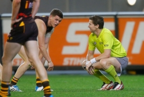 AFL 2014 Rd 11 - Hawthorn v GWS Giants
