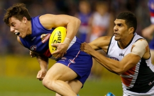 AFL 2014 Rd 23 - Western Bulldogs v GWS Giants