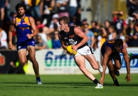 AFL 2015 NAB Challenge - West Coast v Carlton