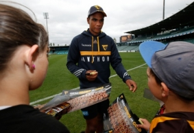 AFL 2015 Media - Hawthorn Community Camp Day 2