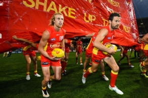 AFL 2015 Rd 07 - West Coast v Gold Coast
