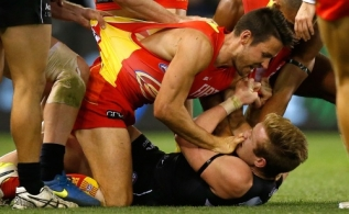 AFL 2015 Rd 13 - Carlton v Gold Coast