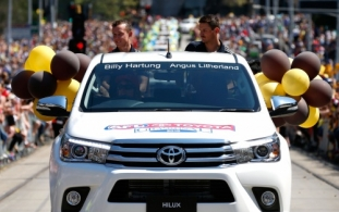 AFL 2015 Media - Toyota Grand Final Parade