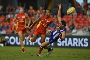 AFL 2016 Rd 05 - Gold Coast v North Melbourne