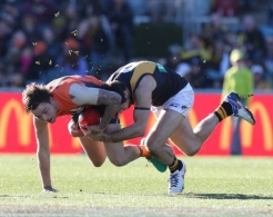 AFL 2016 Rd 19 - GWS Giants v Richmond