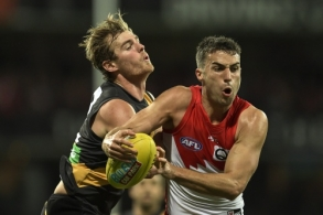AFL 2016 Rd 23 - Sydney v Richmond