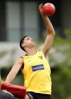AFL 2016 Training - Hawthorn 051216