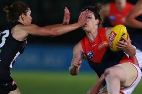 AFLW 2017 Rd 02 - Photographers Choice