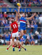 AFL 2017 JLT Community Series - Western Bulldogs v Melbourne