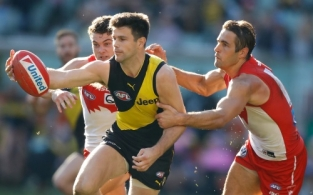 AFL 2017 Round 13 - Richmond v Sydney