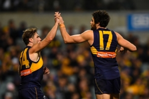 AFL 2017 Round 21 - West Coast v Carlton