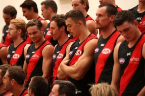 AFL 2018 Media - Essendon Team Photo Day 060218
