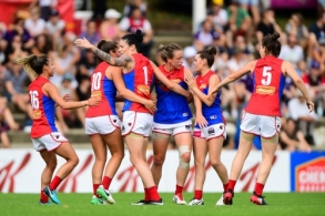 AFLW 2018 Rd 03 - Fremantle v Melbourne