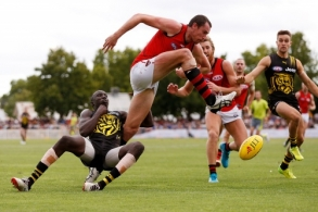 AFL 2018 JLT Community Series - Essendon v Richmond