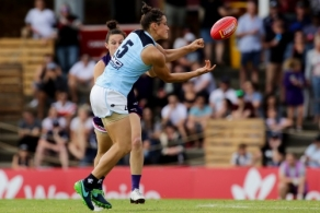AFLW 2018 Rd 07 - Fremantle v Carlton