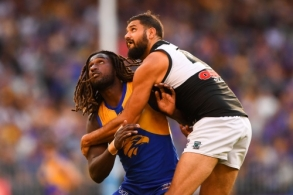 AFL 2018 Round 07 - Photographers Choice