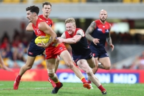 AFL 2018 Round 08 - Gold Coast v Melbourne