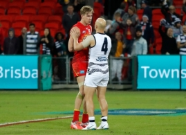AFL 2018 Round 11 - Gold Coast v Geelong