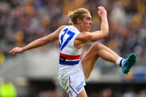 AFL 2018 Round 18 - West Coast v Western Bulldogs