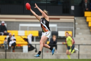 VFLW 2018 Round  13 - North Melbourne v NT Thunder