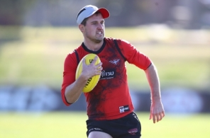 AFL 2018 Training - Essendon 070818